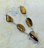 שרשרת כסף 925 בשיבוץ אבני טייגר אי זהב אבן מרכזית עיצוב טיפה