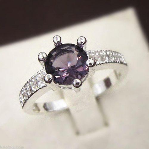 טבעת כסף 925 בשיבוץ אבן אמטיסט מידה: 8