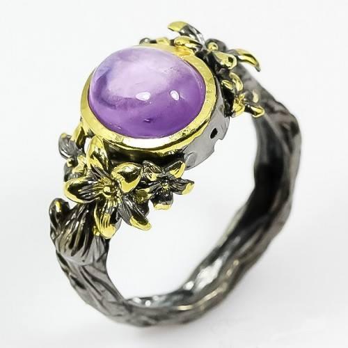 טבעת בשיבוץ אבן אמטיסט עבודת יד כסף רודיום שחור וציפוי זהב מידה: 9