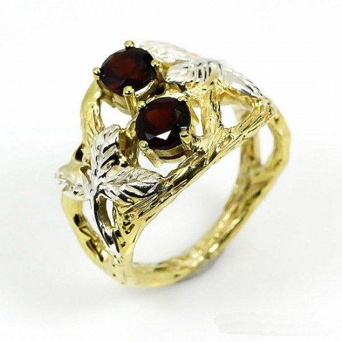 טבעת בשיבוץ אבני גרנט עבודת יד כסף 925 וציפוי זהב מידה:7