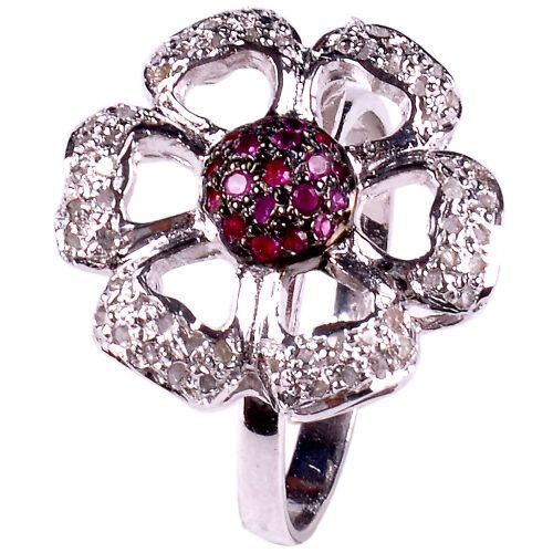 טבעת כסף 925 בשיבוץ יהלומי גלם 1.58 קרט וזירקונים אדום הטבעת: מידה:7.5