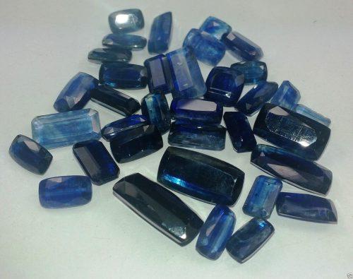 קיאניט/קינייט – Kyanite משובח מלוטש לשיבוץ לא עבר טיפול 3.5- 4 קרט יחידה