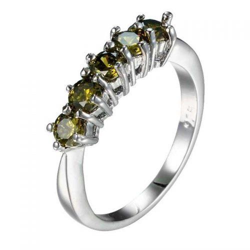 טבעת כסף 925 בשיבוץ אבני פרידות 2.7 גרם מידה 6