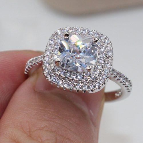 טבעת כסף 925 בשיבוץ טופז לבן מידה: 9