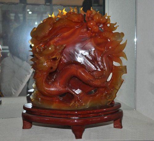 פסל ג'ייד אדום (אבן-ירקן) Jade בהזמנה מיוחדת