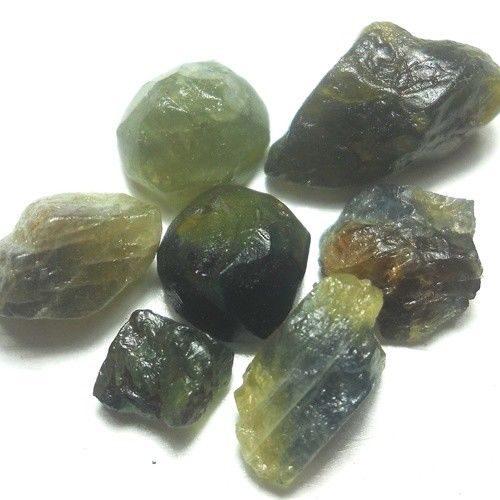 ספיר ירוק Sapphire גלם אפריקה במשקל:19.4 קרט