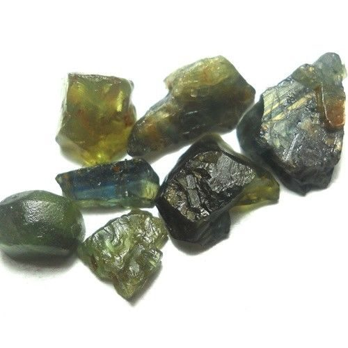 ספיר ירוק גלם Sapphire אפריקה במשקל: 20.41 קרט
