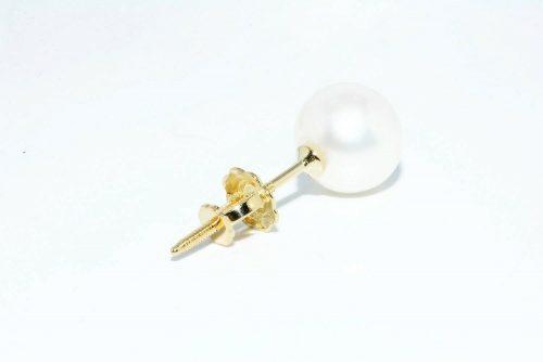 """עגיל יחיד זהב צהוב 14 קרט בשיבוץ פנינה לבנה מידה: 7.02 מ""""מ משקל: 0.70 גרם"""