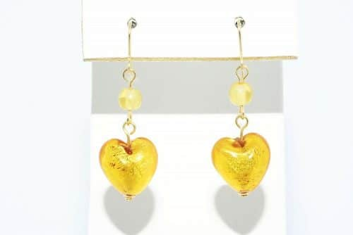 עגילי זהב צהוב 14 קרט בשיבוץ 2 סיטרין 1 קרט ובשיבוץ זכוכית מורנו עיצוב לב 9.20 קרט