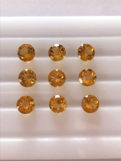 """9 יחידות סיטרין Citrine מלוטש לשיבוץ עגול ליטוש יהלום מידה: 3.5 מ""""מ"""
