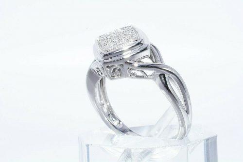 טבעת יוקרה כסף 925 בשיבוץ 17 יהלומים לבנים משקל: 06. קרט ניקיון: SI1 מידה: 7.25