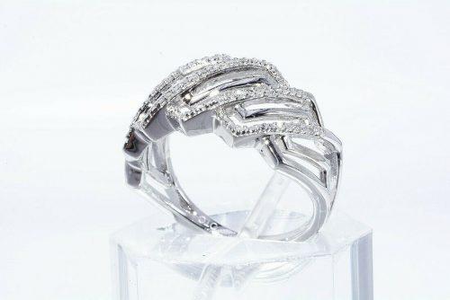 טבעת יוקרה כסף 925 בשיבוץ 34 יהלומים לבנים 18. קרט ניקיון יהלומים: I1 מידה: 7.25