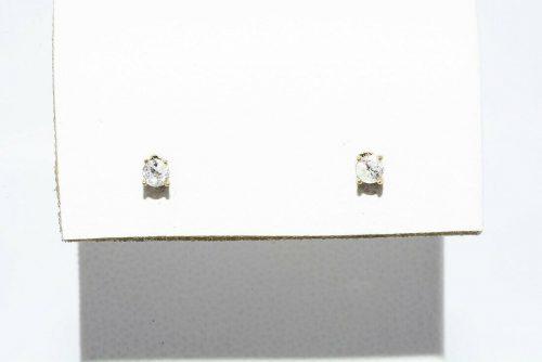 זוג עגילי זהב צהוב 14 קרט בשיבוץ יהלומים לבנים במשקל: 08. קרט ניקיון יהלומים: I1