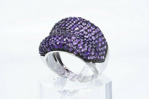 טבעת יוקרה כסף 925 משובצת 210 אמטיסט משקל: 4.25 קרט מידה: 7.25