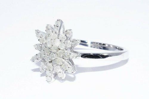 טבעת יוקרה כסף 925 משובצת 43 יהלומים לבנים 80. קרט ניקיון יהלומים: I2 מידה: 7.25