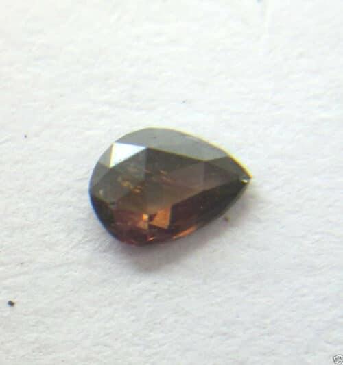 יהלום מלוטש לשיבוץ Natural diamond פנסי חום שמפניה טיפה במשקל: 0.14 קרט ניקיון: i3
